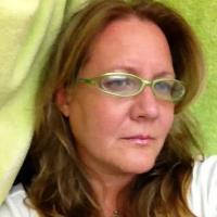 Melissa Scott