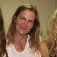 Linda  Stamps